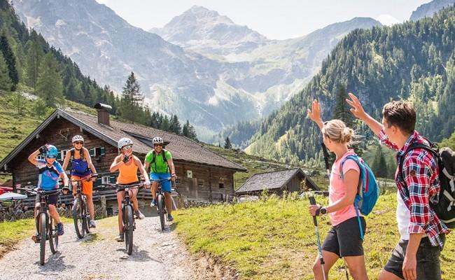 Richtig Flirten im Skiurlaub: 6 Tipps - Snowplaza